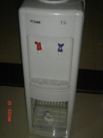 Dozator pentru apa plata rece si calda