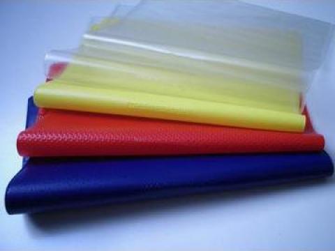 Coperti caiete de la Plastic Industries S.r.l