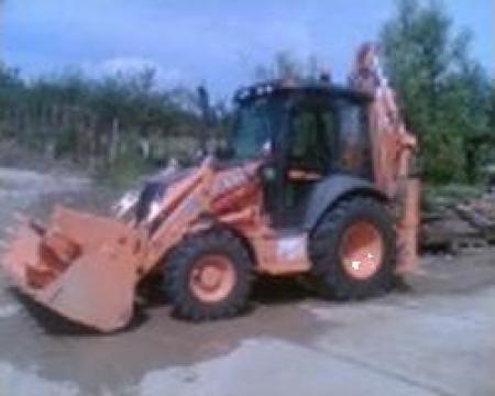 Inchiriere buldoexcavator cu cupa de 1 mc