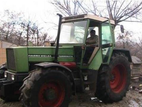 Tractor agricol Fendt Turbomatik de la Decosoni Impex Srl