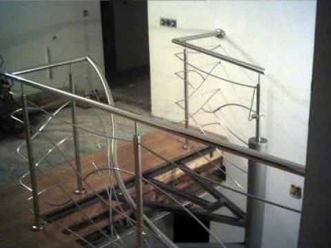 Scara elicoidala cu balustrada de inox