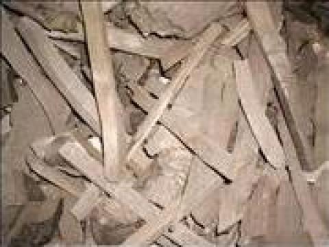 Mangal din lemn de la Explocom Gk Srl