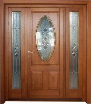 Usi de exterior, geamuri termopane din lemn, mobilier de la S.c. Clod Com S.r.l.