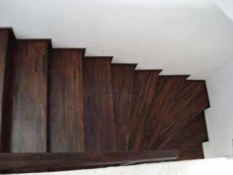Placari scari din beton cu lemn masiv de la Bigal Plast