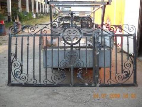 Poarta de acces principal de la Alexdor Impex Srl