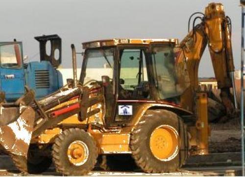 Buldoexcavator Caterpillar de la Petcu Construct Srl