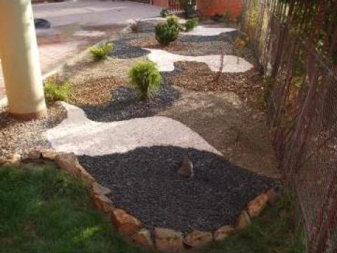 Amenajari gradini cu plante, piatra de la Garden Rustic Spatii Verzi