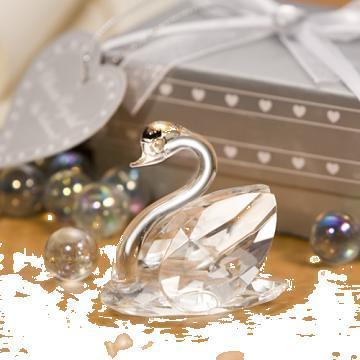Marturii nunta, lebada cristal, cutiute mire si mireasa de la Festevent Srl