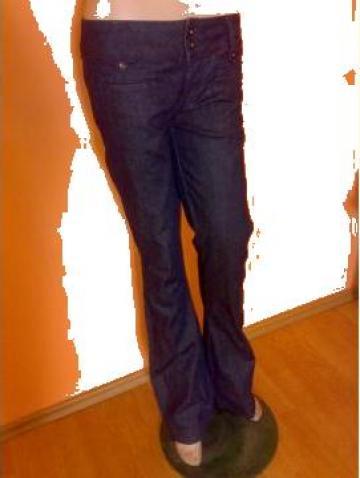Jeans by Only de la Famous Clothing
