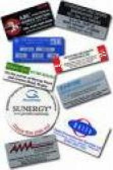 Etichete textile personalizate