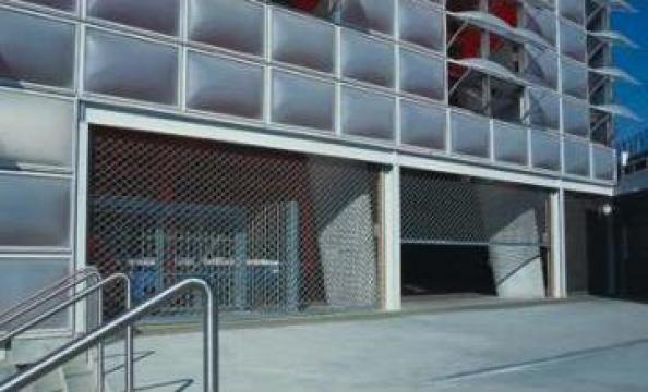 Grilaje rulou cu lamela din otel de la Gamaterm Design