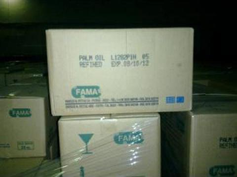 Ulei de palmier ambalat la cutii de 25 kg