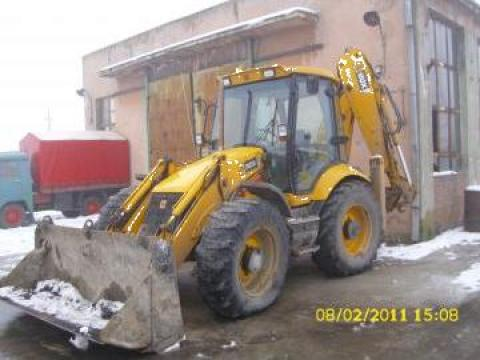 Inchiriere buldoexcavator JCB 3CX de la Alexander Company Srl