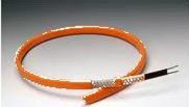 Cablu cu autoreglare pentru degivrare EM2-XR 90w/ml de la Total Heat
