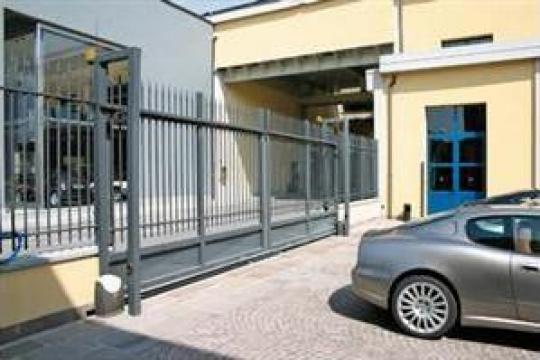 Reparatii porti culisante cu telecomanda Hormann de la Gamaterm Design