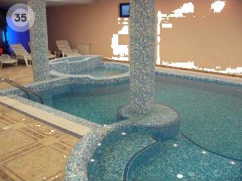 Proiector piscina de la Artinstalpool