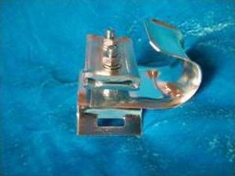 Suport universal fix pentru prindere cablu autopurtat de la Metal Ig