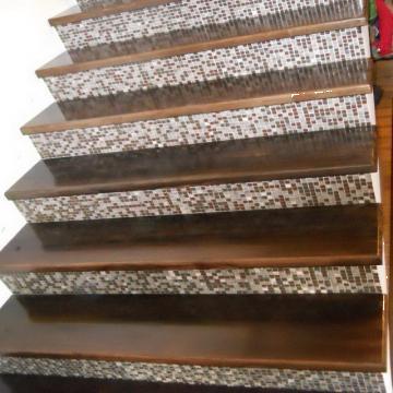 Placare trepte cu lemn masiv