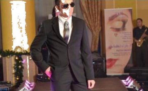 Inchiriere podium prezentare moda Piatra Neamt