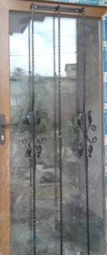 Grilaj usa de la Forjart Srl