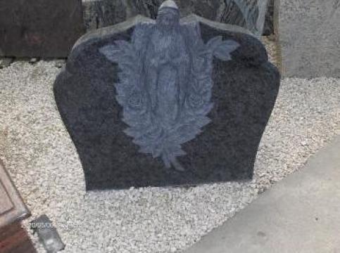Piatra funerara cu Sfanta Fecioara
