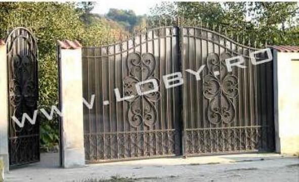 Poarta si panou de gard din fier forjat Clasic 3 de la Loby Design