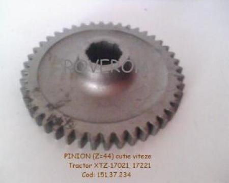 Pinion cutie viteze (Z=44) tractor XTZ-17021, 17221 de la Roverom Srl