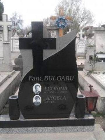 Monument granit negru