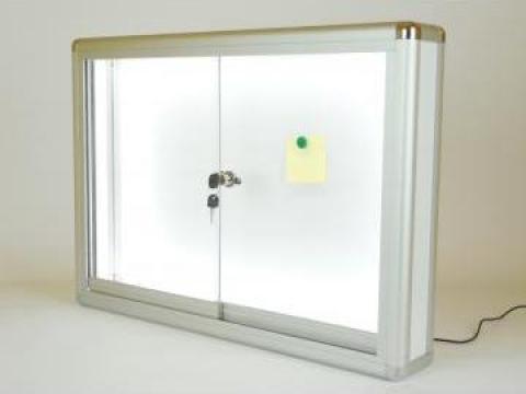 Avizier magnetic cu iluminare LED de la Frameart Decor Srl.