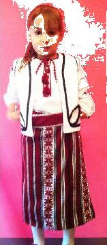 Costum national fata de la Pfa Balan Mita