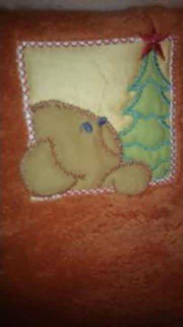 Patura (paturica) moale, pufoasa si calduroasa de la Bebe Design Srl