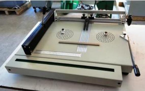 Masina asamblat coperti de la Kronstadt Papier Technik S.a.