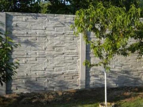 Gard din placi de beton de la