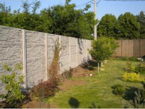 gard din placi de beton bucuresti gard id 9039787. Black Bedroom Furniture Sets. Home Design Ideas