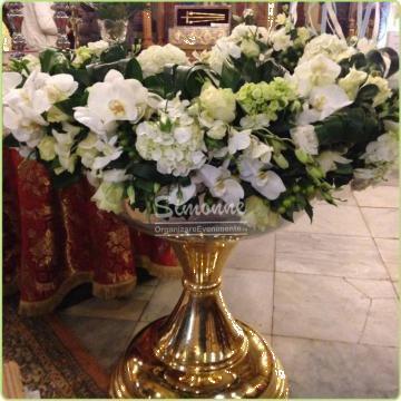 Aranjament floral cristelnita botez Vip