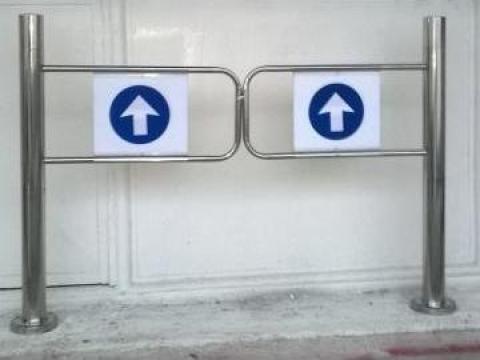 Poarta de sens unic pt. acces in supermarket