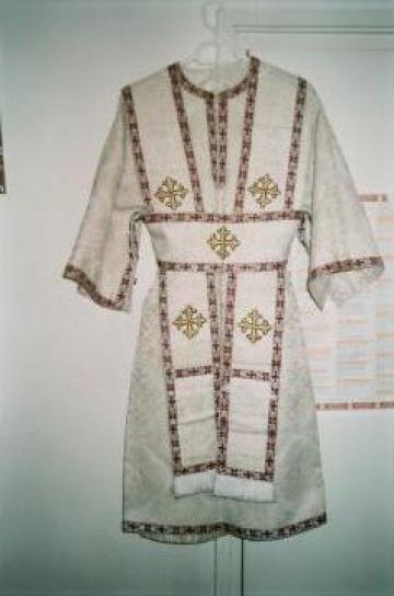 Vesminte preotesti pentru copii ipodiaconii de la Manastirea Sf Stelian