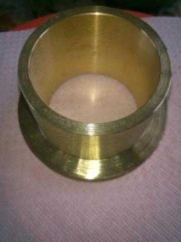 Bucse cu flanse din bronz de la Metalumin Srl