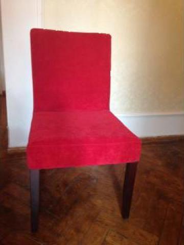 Scaun tapitat textil rosu