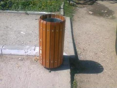 Cos gunoi din lemn de la Urban Biaplus AVR Srl