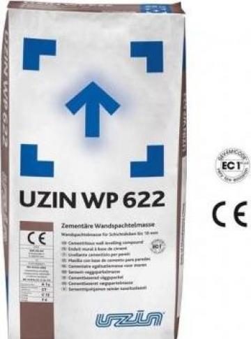 Compus pe baza de ciment pentru gletuire Uzin WP 622 de la Alveco Montaj Srl
