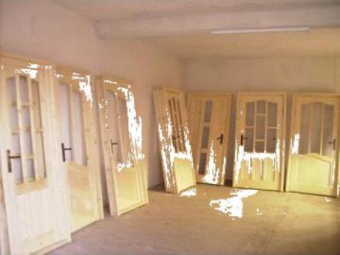 Usa lemn brad de la SC Generic Prodimpex SRL