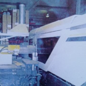 Masina injectie mase plastice de la