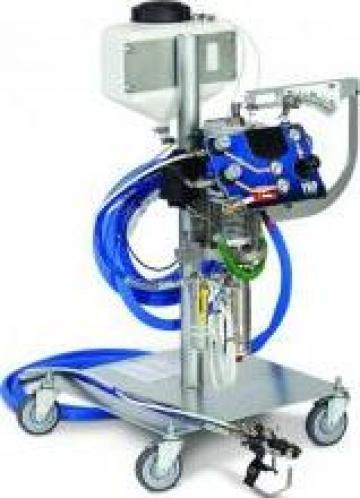 Sistem pentru aplicat straturi de gel FRP Graco