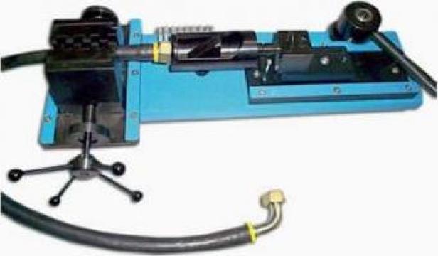 Masina de introdus rapid armaturi sertizare de la Hidraulica Industrial Srl.