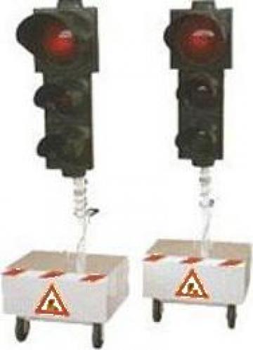 Semafoare mobile, semne, semnalizare de santier, oglinzi