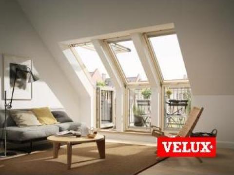 Fereastra mansarda Velux pentru acces pe terasa de la Sc Ellcor Roof Srl-d