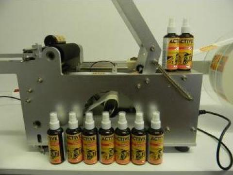 Masina etichetare 220V semiautomata de la Presa Ulei