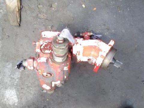 Hidromotor excavator O&K 2105462 de la Pigorety Impex Srl