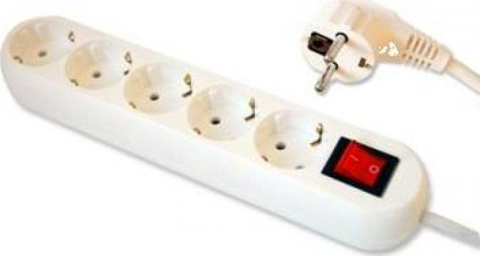 Prelungitor cu 5 posturi ceramice cablu 3 x 1.5 mm2. de la Electro Supermax Srl